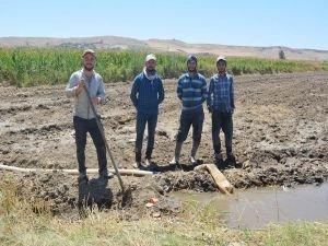 Kuruyan su kaynakları köy halkını endişelendiriyor