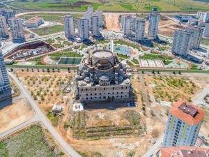 Türkiye'nin ikinci büyük camisi Gaziantep'te yapılıyor