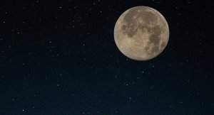 Gök bilimciler: Ay'ın ekseni değişti