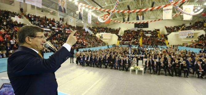 Başbakan Davutoğlu, Manisa'da