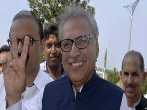 Pakistan'da cumhurbaşkanlığı seçimini Alvi kazandı