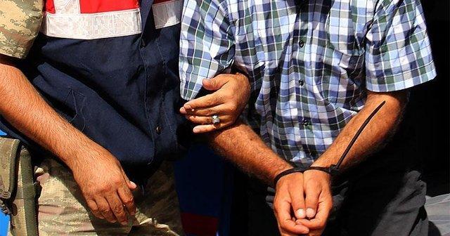 Pusula içinde şifreli bilgi taşıyan 2 PKK'lı yakalandı