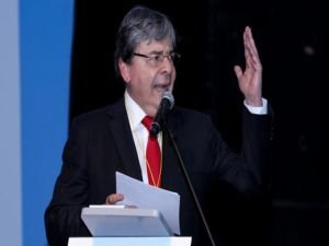 """""""Kolombiya Filistin'i tanıma kararından geri adım atmayacak"""""""