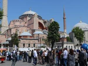 Ayasofya'nın ibadete açılması talebi reddedildi