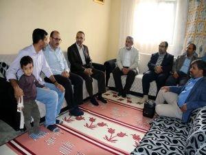 HÜDA PAR Genel Başkanı Sağlam Silvan'da ziyaretlerde bulundu