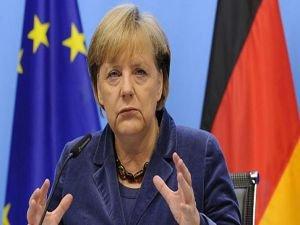 Merkel parti başkanlığına aday olmayacak