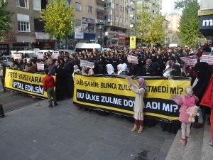 HÜDA PAR'a kumpas davası Diyarbakır'da protesto edildi