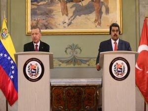 """Erdoğan: """"Venezuela'yla ilişkilerimizi ileriye taşımakta kararlıyız"""""""
