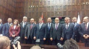 O partilerin Belediye başkanları AK Parti'ye geçti