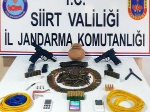 Siirt'te silah kaçakçısı 3 kişi gözaltına alındı