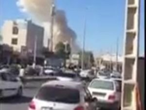 İran'da polis merkezine bombalı araçla saldırı