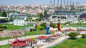 İstanbul Büyükşehir Belediyesi, maketleri yeniledi