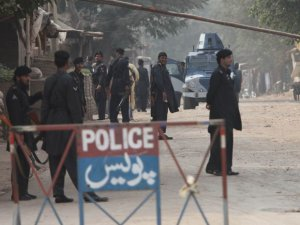 Pakistan'da patlama: 78 ölü