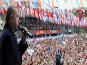 """Erdoğan: """"Bu Meydanda Türkiye'nin Ruhu Var"""""""