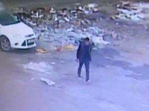 Diyarbakır'da bombalı aracın bırakılma anı kameralarda