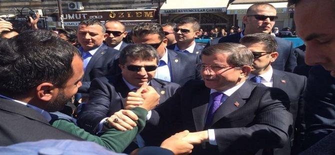 Başbakan Ahmet Davutoğlu Diyarbakır'da