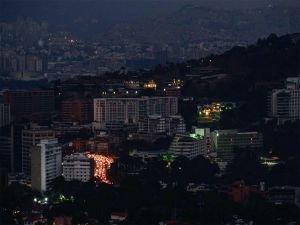 Venezuela'daki elektrik kesintileri ölümlere neden oluyor