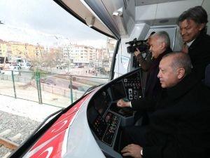 Gebze-Halkalı hattı açıldı
