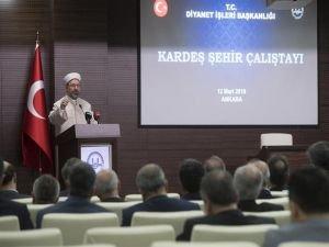 """Erbaş: """"Gönül coğrafyamız sadece Anadolu ile sınırlı olamaz"""""""