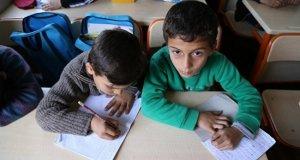 Suriyeli öğrenciler Türkiye'de gelecek peşindeler