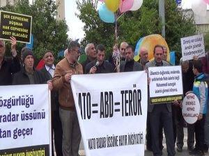 """Malatyalılardan """"NATO'ya ve üslerine hayır!"""" eylemi"""