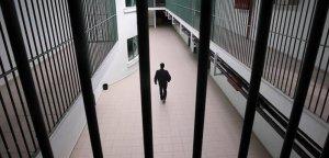 İsrail hapishanelerinde bin 700 Filistinli hasta tutuklu bulunuyor