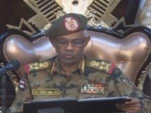 Sudan'da ordu darbeyle yönetime el koydu