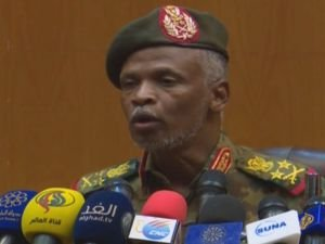 Askeri Konsey: Beşir'i iade etmeyeceğiz biz yargılayacağız