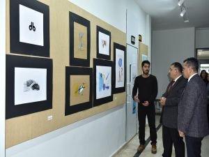 D.Ü.'de grafik tasarım sergisi açıldı
