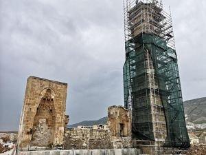 611 yıllık cami yeni yerinde yeniden inşa ediliyor