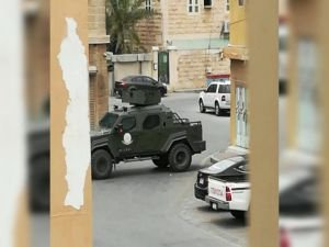 Suudi güçleri baskın yaptığı köyde 8 kişiyi katletti