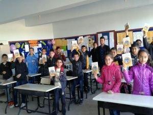 Dost-Der'den  'Saklama Bağışla' kitap kampanyası