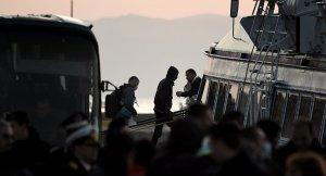 Yunanistan'dan Türkiye'ye Sığınmacı iadesine başlandı