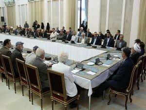 Ruhani: Düşmanların zorbalıklarına asla teslim olmayacağız