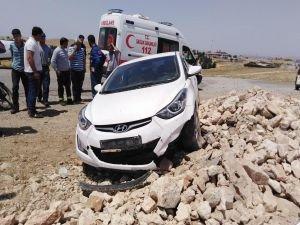 Trafik kazada yaşlı kadın yaralandı