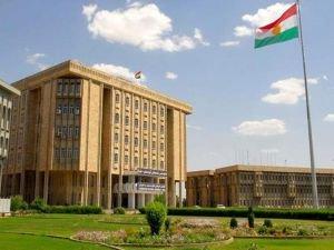 Barzani yeni kabineyi Kürdistan Parlamentosu'na sundu