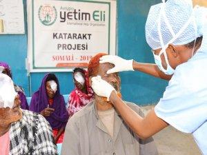 Avrupa Yetim Eli'nden Somali'de katarakt ameliyatları