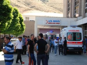 Bitlis'te askeri araca roketli saldırı