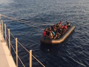 Ege açıklarında 62 göçmen yakalandı