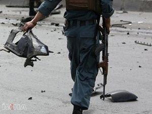 Afganistan'da düğüne giden araca saldırı: 10 ölü