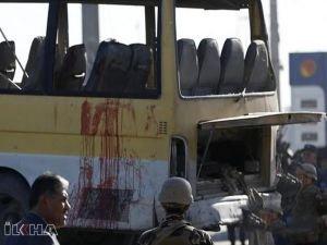 Afganistan'da yolcu otobüsüne bombalı saldırı: 34 ölü