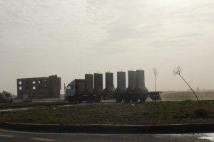 Nusaybin-Qamişlo sınırına beton bloklar yerleştiriliyor