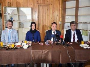 Bağlar Belediye Başkanı: Kardeşim görevinden istifa etti