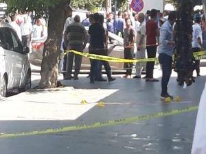 Tartışma silahlı kavgaya dönüştü: Yaralılar var