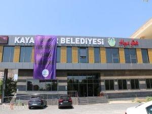 HDP'li Kayapınar Belediyesi'ne uyuşturucu baskını