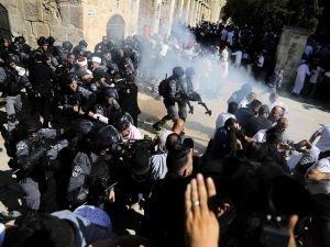 Siyonist işgalciler Filistinlilere saldırdı