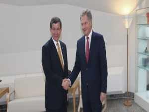 Başbakan Davutoğlu, Finlandiya Cumhurbaşkanı görüştü