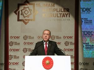Cumhurbaşkanı Erdoğan: 28 Şubat'ı hatırlatan uygulamalara imza atılıyor