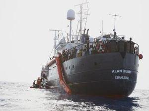 Alan Kurdi yardım gemisinde durum kötüleşiyor