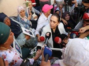 Diyarbakır Milletvekili Eronat'tan oturma eylemindeki annelere destek